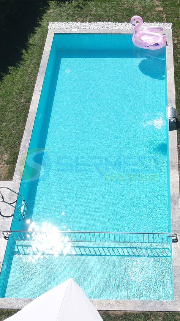 İstanbul'da Mehmet Bey'e Fipool Skimmerli Panel havuz Sermed Havuz Firması Tarafından Yapıldı.