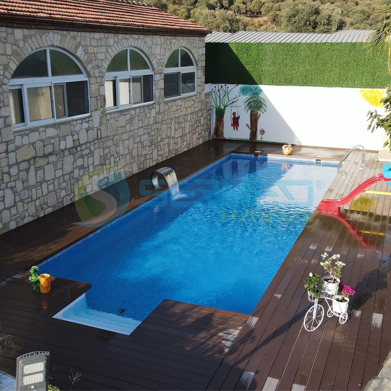 İzmir'de Selçuk Sadık Bey Fipool Plus Havuz Sermed Havuz tarafından yapıldı.