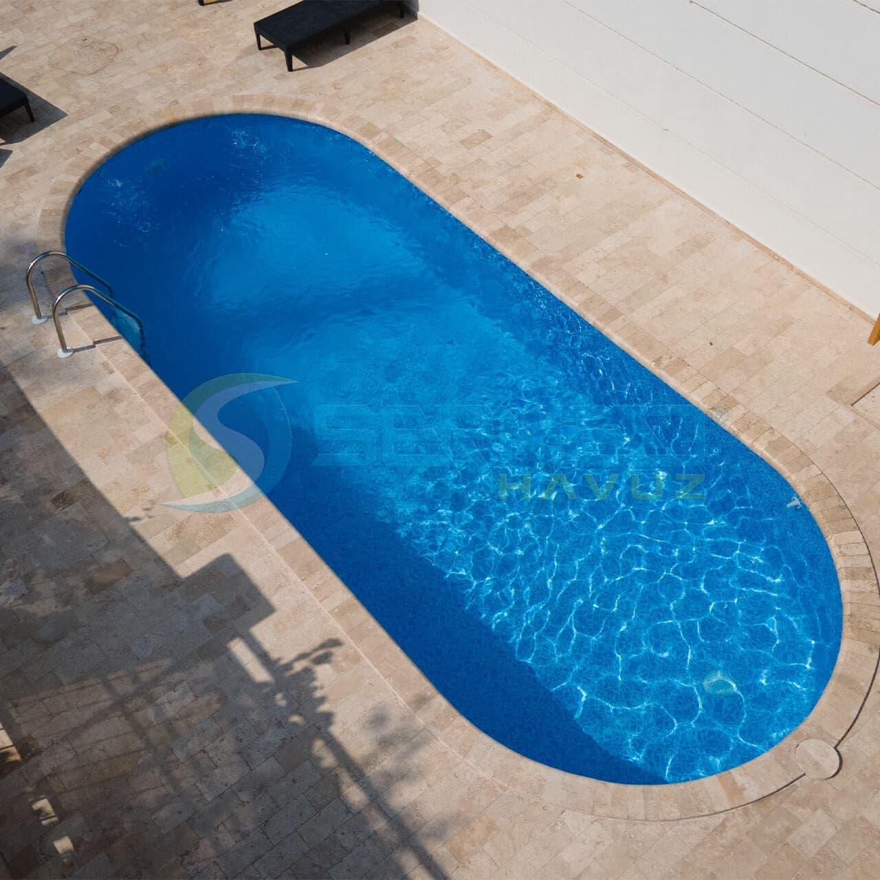 Yalova Suat Bey Maldiv Skimmerli Prefabrik Havuz Sermed Havuz Firması tarafından yapıldı.