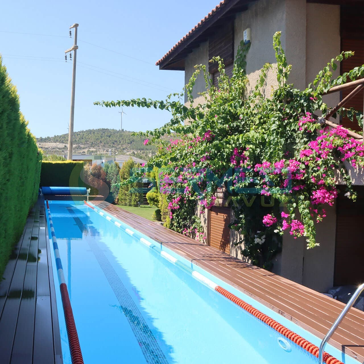 İzmir Harun Bey Fipool Zeminüstü Kulvar Havuz Sermed Havuz Firması tarafından yapıldı.