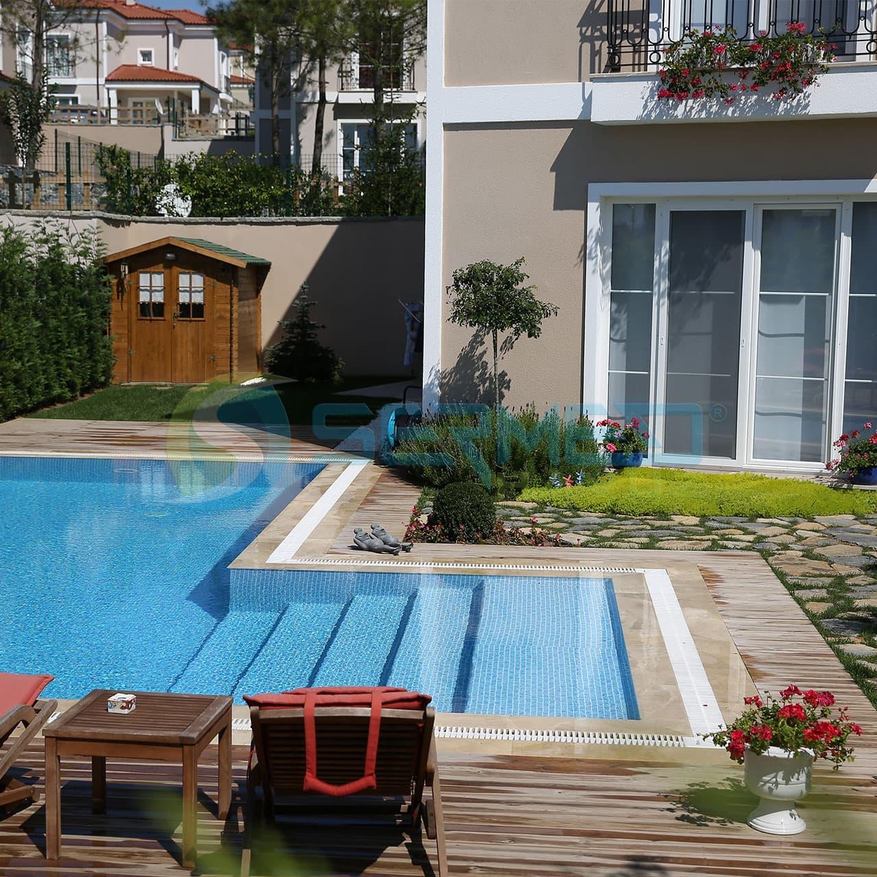 İstanbul Neo Gölpark Fipool Taşmalı Panel Havuz uygulaması Sermed Havuz Firması tarafından yapıldı.