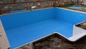 Liner Kaplama Havuzlarda ; Havuz Duvarları Nasıl Olmalı