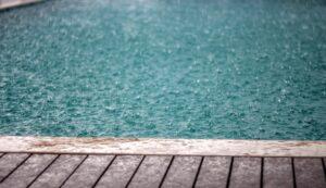 Yağmur Yüzme Havuzunuzu Nasıl Etkiler?